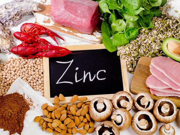 Los alimentos más ricos en zinc. Comida de dieta saludable. Lay Flat